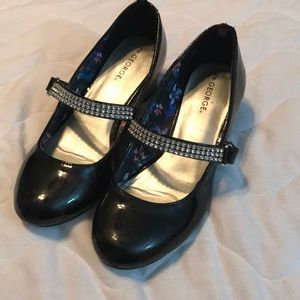 Girls black heels